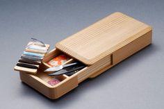 くらふとばんしょう 木具師 橋村佳明作 携帯用裁縫箱セット Sewing Case, Sewing Box, Pencil Boxes, Pencil Holder, Wood Projects, Woodworking Projects, Cigar Cases, Cigarette Box, Tea Packaging