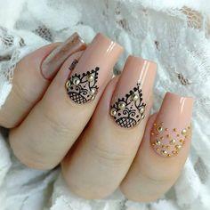 and Beautiful Nail Art Designs Henna Nails, Lace Nails, Gel Nails, Henna Nail Art, Beautiful Nail Art, Gorgeous Nails, Pretty Nails, Mandala Nails, Nail Designer