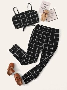 To find out about the Girls Tie Back Cami Top & Grid Pants Set at SHEIN, part of our latest Girls Two-piece Outfits ready to shop online today! Cami Tops, Teen Fashion Outfits, Girl Outfits, Cute Summer Outfits, Cute Outfits, Jugend Mode Outfits, Skinny Suits, Belted Shorts, Two Piece Outfit
