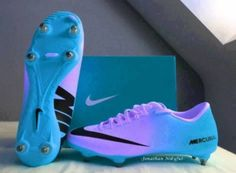 I love these cleats!! But I can't find them anywhere!