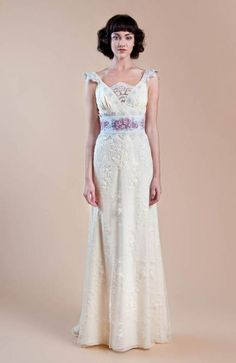a9b61f9f2cc5 Weddbook ♥ Ivory embroided vintage gown with floral jacquard waistband.  Vintage wedding Delaney