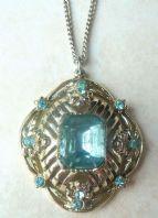 Vintage Jewelcraft Blue Rhinestone Pendant And Necklace.