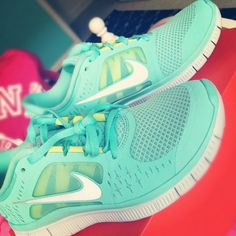turquoise nike frees. love these.