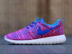 nike roshe run print Hyper Cobalt #rosherun #shoe #dames #woman #sneaker #nike #fashion #outfit Alta-Moda | online sneaker store