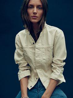womens shrunken denim jacket
