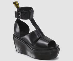 BESSIE | Womens Sandals | Womens | The Official Dr Martens Store - US