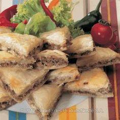 Appetizer for day of Ramadan - Yemeni Burik with Lamb Recipe - Ramadan Recipes - Nestle Family ME Middle East Food, Middle Eastern Dishes, Middle Eastern Recipes, Easy Iftar Recipes, Ramadan Recipes, Eid Recipes, Arabic Recipes, Lamb Recipes, Cooking Recipes