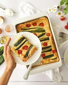 """913 mentions J'aime, 40 commentaires - Maïa Chä. (ex Petits Béguins) (@maiacha_) sur Instagram: """"RECETTE / En juin, c'est la saison des courgettes et des tomates!!!! 🎉🎉🎉 et ça, ça fait tellement…"""" Bread, Instagram, Food, Products, Tomatoes, Recipe, June, Brot, Essen"""