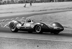 Times Grand Prix Riverside Jim Clark of Team Lotus driving his Ford Powered Lotus 30 to a third place finish Lotus Sports Car, Lotus Car, F1 Racing, Road Racing, Le Mans Series, Motor Sport, Sport Cars, Race Cars, Car And Driver