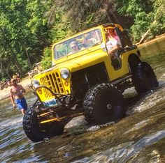 JEEP with Jeep Village® — ® IIIIIII ®