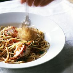 In Italy, this dish is made with live crabs, but live lobsters are easier to find in the U.S.