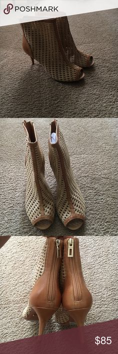 BNWT Schultz open toe woven leather ankle booties Brand new never worn Camel woven leather open toe ankle booties. Great with leggings or pants or dresses/skirts. Very versatile and stylish. I haven't worn these and though I Hate to see them go it's time they get used! SCHUTZ Shoes Ankle Boots & Booties