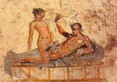 El arte de tema erótico se encontraba en toda la ciudad del Vesubio, en las puertas, en las calles, en los delicados frescos de las habitaciones, en las vajillas, y por supuesto en el célebre Lupanar.