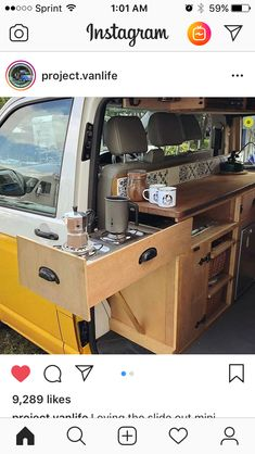 bus expansion /VW bus expansion / VW camper flat pack furniture Idee Top Camper Kitchen Ideas You Must Like This 38 Complete with ovens, closets, beds, and fold-out desks these converted mobile dwellings may inspire you to Marie Kon. Bus Vw, Van Life, Vw Transporter Conversions, Vw Conversions, Camping Con Glamour, Kombi Motorhome, Motorhome Interior, Vw Bus Interior Diy, Off Road Racing