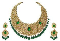 esmeraldas, diamantes e ouro amarelo