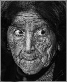 Old lady, female, woman, wrinckles, expression, powerful face, beauty, lines of life, portrait, photo b/w.