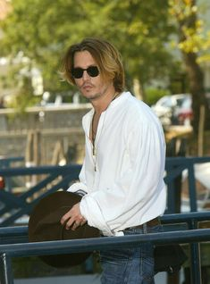 Johnny Depp - Photocall & Press conference: Once Upon a Time in Mexico, VENICE (2003)