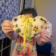 My daughter found a quilted heart at Starbucks in Islip, NY….after a crummy trip to the doctor for the flu. Thanks for the smile! Looking forward to paying it forward! #ifaqh #ifoundaquiltedheart