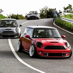 Wish it blended in more so it isn't visible to the human eye! :tongue_smilie: You and me both soul sister Mini Cooper Tuning, Mini Cooper Sport, Mini Cooper Custom, Mini Copper, Pt Cruiser, Mini Clubman, Car Goals, Blue Flames, Car Wheels