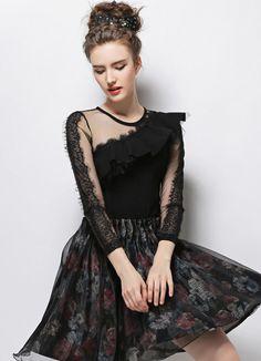 Black Round Neck Contrast Lace Shirred Ruffle Slim Blouse 19.23