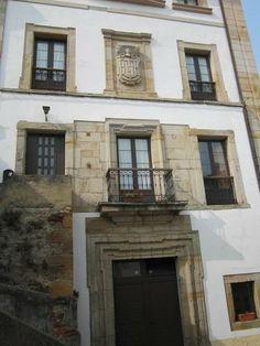 Casas señoriales The Creator, Places, Home Decor, Houses, Decoration Home, Room Decor, Lugares, Interior Decorating
