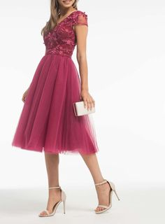 417a44e483  Chi Chi London Red Floral Bodice Midi Dress - View All Dresses - Dresses -