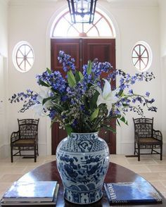 Blue and whites are classically elegant.