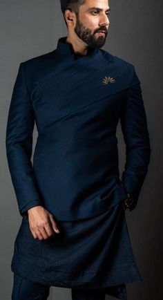 Mens Style Discover 58 Ideas Embroidery Tshirt Ideas Long Sleeve For 2019 Sherwani For Men Wedding, Wedding Dresses Men Indian, Wedding Dress Men, Wedding Men, Nigerian Men Fashion, Indian Men Fashion, Mens Fashion Wear, India Fashion Men, Mens Fashion Blazer