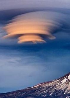 lenticular cloud                                                                                                                                                     More
