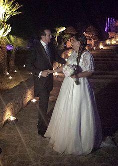 robe de mariée sur mesure en organza de soie et dentelle brodée #creationunique #robedemariee #paris #styliste #mariage #robedemarieesurmesure #créateur
