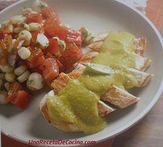 Receta de pollo en salsa de palta, filetes de pollo bañados en salsa de palta o aguacate, acompañados de una ensalada de tomates y choclos, una receta fácil, económica y rápida pues la puedes tener…