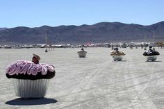 cupcake-mobiles: burning man