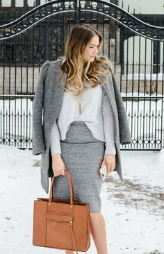 STYLE TIPS FOR THE OFFICE THIS WINTER www.rosecitystyleguide.com