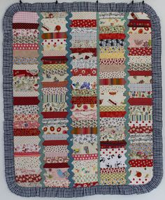squiltz: Red Strippy Quilt with Frill