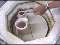 electric kiln loading and firing. great information for stacking shelves and loading kiln for proper firing