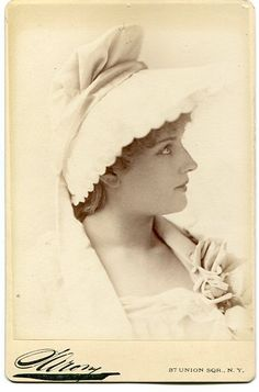 "Cabinet photograph of Lillian Russell as ""Patience"" in Patience, by Sarony, New York, c.1882.(U.S. production, probably not DOC authorized)"