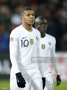 Kylian Mbappe of France, Ngolo Kante of France during the UEFA. Psg, N Golo Kante, Karbala Photography, Handsome Black Men, Gareth Bale, Neymar Jr, Best Player, David Beckham, Go Blue