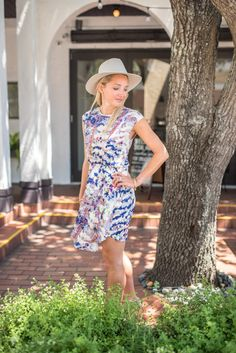 @thehipsuburban love how you paired this dress with your nude heels and hat