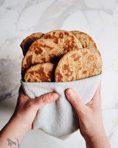 Petits pains plats multigrains (parfaits pour le petit-déjeuner!) – Loounie Cuisine