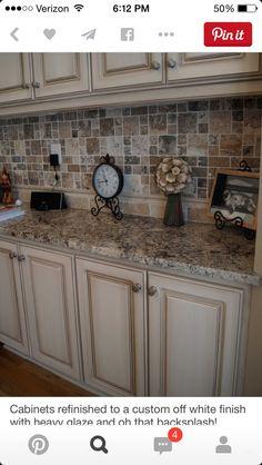Kitchen Cabinets Pictures, Farmhouse Kitchen Cabinets, Modern Farmhouse Kitchens, Painting Kitchen Cabinets, Kitchen Paint, New Kitchen, Kitchen Ideas, Kitchen Backsplash, Farmhouse Style