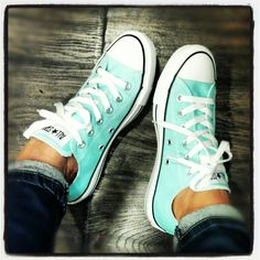 To know more about CONVERSE Tiffany blue All Star, visit Sumally, a social network that gathers together all the wanted things in the world! Featuring over other CONVERSE items too! Converse Chuck Taylor, Converse Chucks, Cheap Converse, Green Converse, Converse Fashion, Custom Converse, Blue Converse Outfit, Colored Converse, Designer Shoes