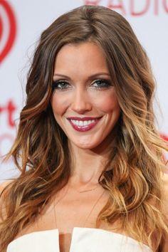 How to wear dark lipstick: Katie Cassidy