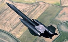 Blackbird takes off from Beale AFB (Lockheed Martin) Military Jets, Military Aircraft, War Jet, Aircraft Design, Aviation Art, Fighter Jets, Slide Rule, Blackbirds, Air Force