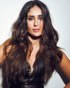Kareena Kapoor Bikini, Kareena Kapoor Pics, Indian Celebrities, Bollywood Celebrities, Bollywood Fashion, Most Beautiful Bollywood Actress, Beautiful Actresses, Indian Film Actress, Indian Actresses