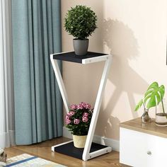 A Room Iron Art Green Laojia Multi-storey Indoor Balcony Simplicity Modern Northern Europe Meaty Shelf Household Flower Rack - AliExpress Mobile Home Decor Vases, House Plants Decor, Plant Decor, Metal Furniture, Home Decor Furniture, Wooden Front Door Design, Indoor Balcony, Living Room Plants, Indoor Flowers