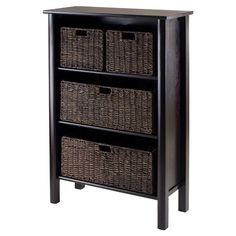 Display a bouquet of fresh blooms or stow sumptuous throws in the den with this eye-catching storage shelf, showcasing 5 baskets and a dark espresso finish.