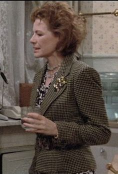 Dianne Wiest in one of my favorite films ever - Hannah and Her Sisters