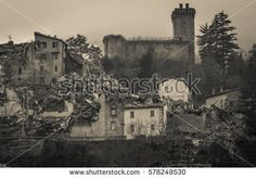 Ruins of Arquata del Tronto medieval village in the marche region #ArquataDelTronto #Earthquake #Castle #Fortress #Marche #Wanderlust #Italy #Ruins #Collapse #Crack #Destroyed #Terrific #Terremoto #Central #Buildings