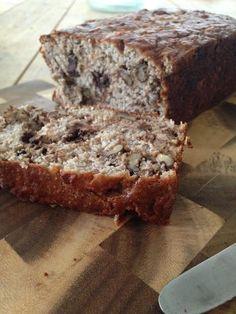 Koolhydratenarm brood met banaan en noten