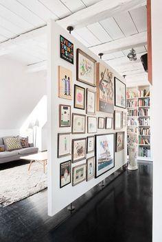 Studio Apartment Room Divider, Studio Apartment Decorating, Apartment Design, Room Divider Walls, Room Divider Ideas Bedroom, Diy Room Dividers Ideas, Apartment Living, Bedroom Wall, Modern Studio Apartment Ideas